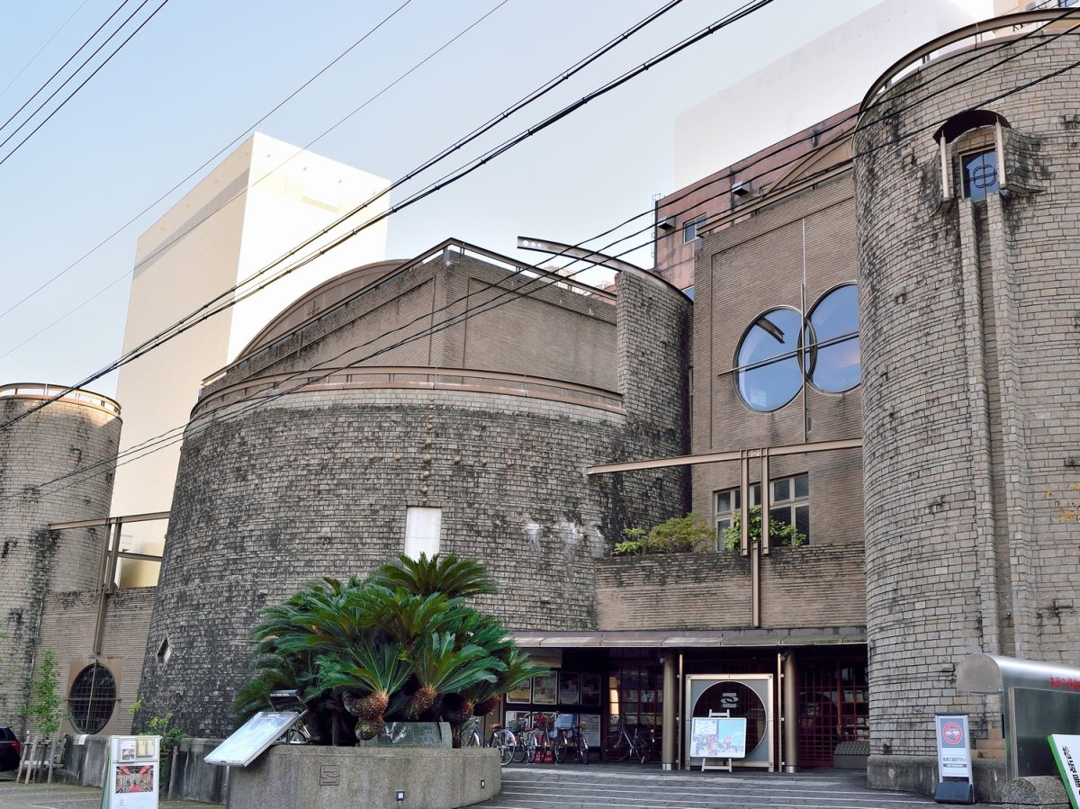 あのお城はお坊さんが運営する映画館!? 「静岡の文化の発信拠点へ」秘められた想い