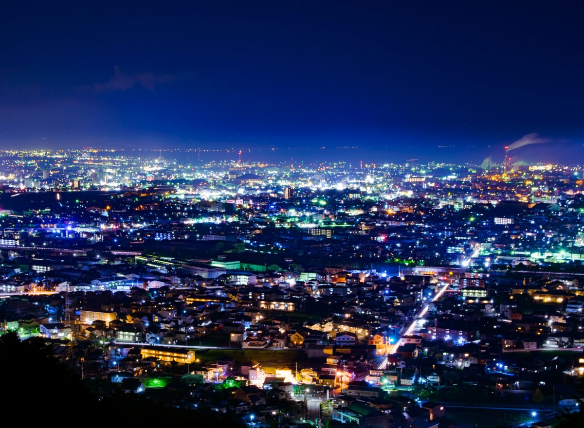 【静岡の夜景】デートなら「岩本山公園」へ 静岡中東部で屈指の夜景を堪能