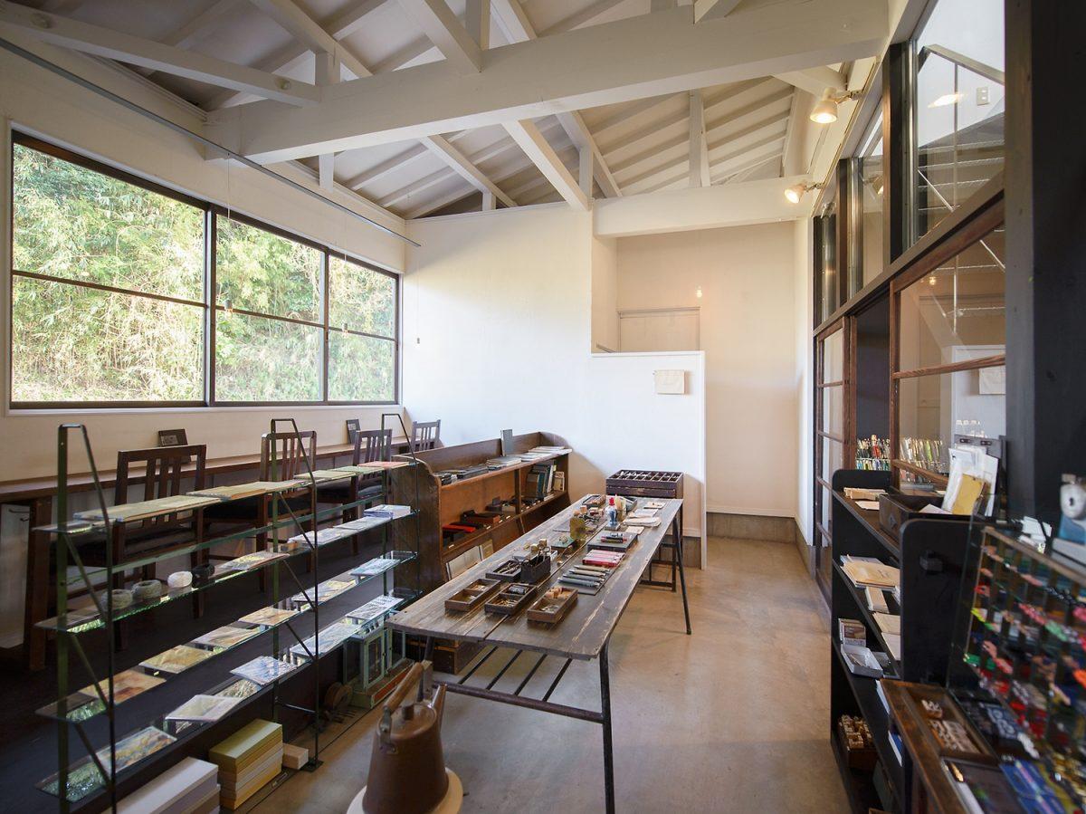掛川の文房具カフェ「konohi(コノヒ)」 遊び心のあるレトロで店内で静かな時間を