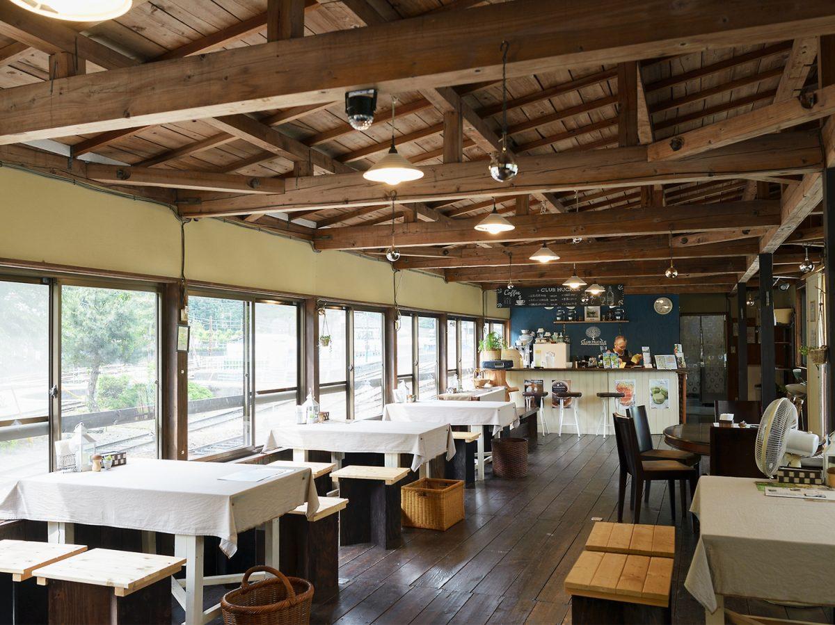 窓際からSL眺めたい放題の贅沢カフェ! 感動に出会う大井川鐵道沿線の旅【8話目】