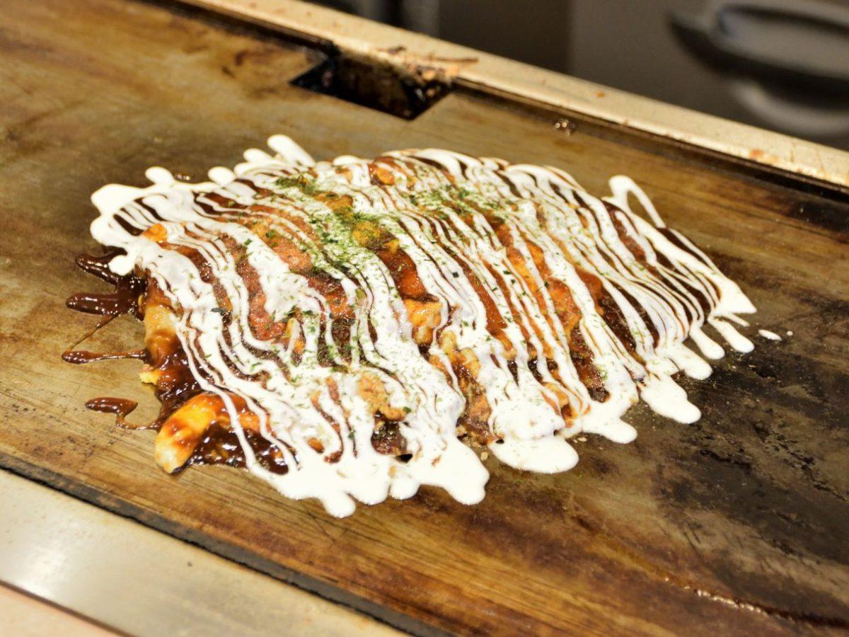 変わりゆく街並みにたたずむ粉もの専門店 「オコデモン」で楽しむ新食感のお好み焼き