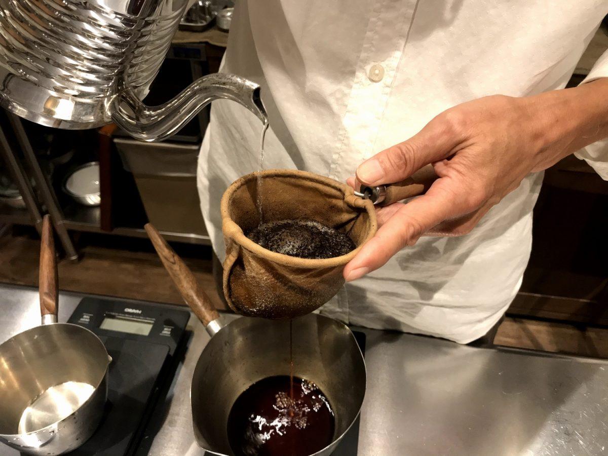 鷹匠で味わう至福の一杯「村松珈琲店」  手作りネルで淹れる濃厚でまろやかな深入りコーヒー